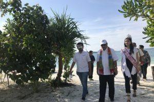 Menpar Arief Yahya di Eco Beach Tent by Billiton Tanjung Kelayang, Belitung,