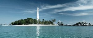 di Pulau Lengkuas anda bisa merasakan nuansa romantis bersama pasangan anda