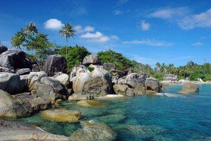 Tanjung Tinggi yang telah lama menjadi icon wisata Belitung