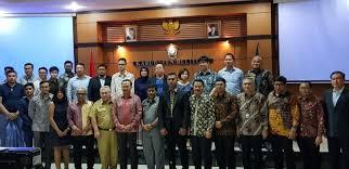Duta Besar RI untuk Singapura, Ngurah Swajaya bersama investor dari Singapura dan bupati Belitung beserta jajarannya