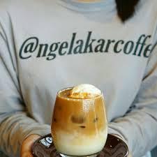 Salah satu minuman favorit di cafe ngelakar