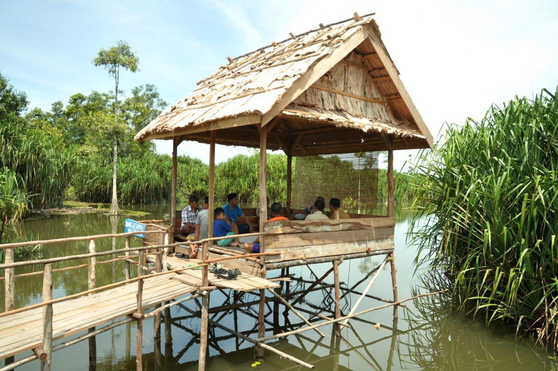 Susuri Bentang Alam Objek Wisata Tebat Rasau Desa Lintang